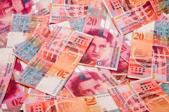 Francs suisses et TVA