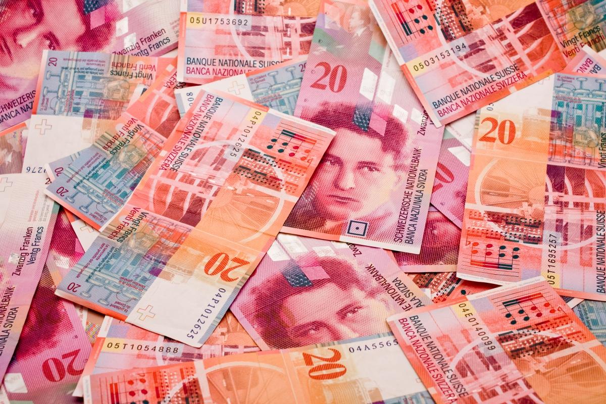 Le 1er janvier 2018, 30 000 sociétés vont devoir s'identifier à la TVA en Suisse